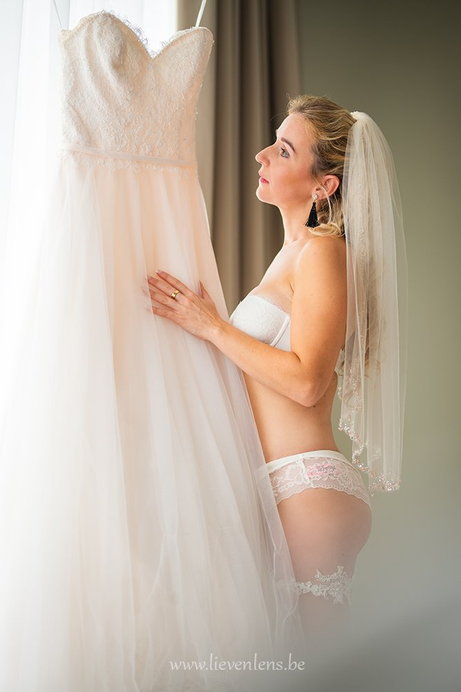 Bride-wedding-dress